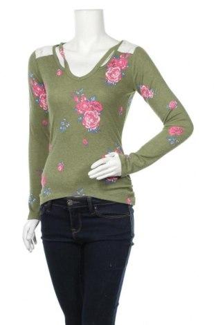 Γυναικεία μπλούζα No Boundaries, Μέγεθος M, Χρώμα Πράσινο, 62% πολυεστέρας, 34% βισκόζη, 4% ελαστάνη, Τιμή 12,34€