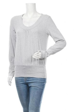 Дамска блуза Rick Cardona, Размер S, Цвят Сив, 65% вискоза, 30% полиестер, 5% еластан, Цена 4,20лв.