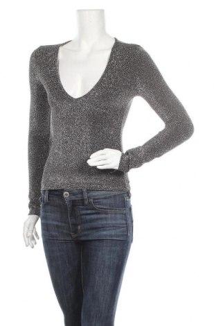 Дамска блуза SHEIN, Размер XS, Цвят Сребрист, 56% полиамид, 34% полиестер, 10% еластан, Цена 5,10лв.