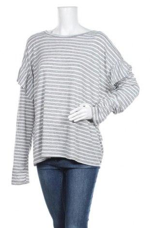 Γυναικεία μπλούζα Time and tru, Μέγεθος XL, Χρώμα Γκρί, 80% πολυεστέρας, 16% βισκόζη, 4% ελαστάνη, Τιμή 6,43€