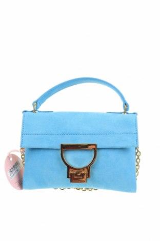 Дамска чанта Coccinelle, Цвят Син, Естествен велур, Цена 283,97лв.