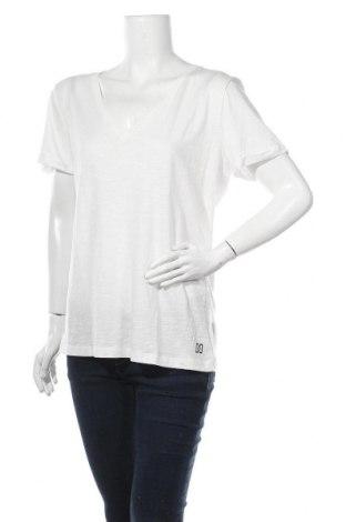 Дамска тениска Nikkie, Размер M, Цвят Бял, 50% памук, 50% вискоза, Цена 18,17лв.