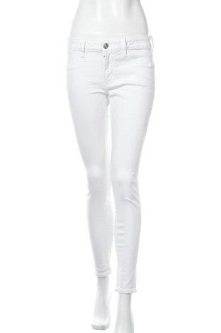 Γυναικείο Τζίν American Eagle, Μέγεθος S, Χρώμα Λευκό, 88% βαμβάκι, 9% πολυεστέρας, 3% ελαστάνη, Τιμή 16,70€