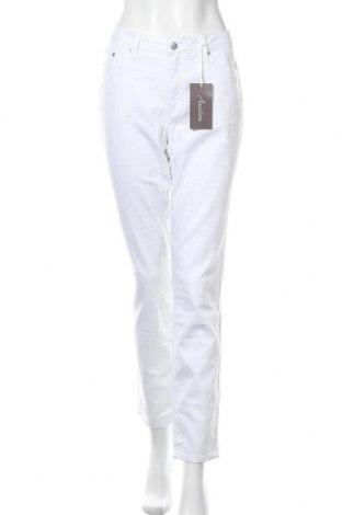 Дамски дънки Aniston, Размер XL, Цвят Бял, 98% памук, 2% еластан, Цена 30,74лв.