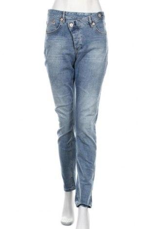 Дамски дънки Herrlicher, Размер XL, Цвят Син, 98% памук, 2% еластан, Цена 101,40лв.