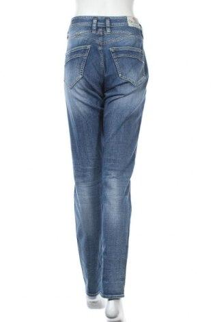 Дамски дънки Herrlicher, Размер XL, Цвят Син, 98% памук, 2% еластан, Цена 59,15лв.