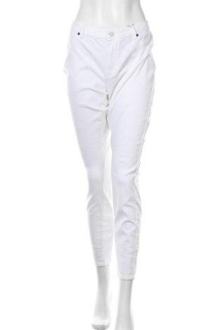 Дамски дънки Jacqueline De Yong, Размер XL, Цвят Бял, 98% памук, 2% еластан, Цена 44,25лв.