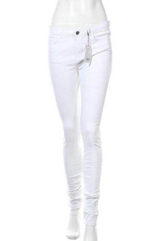 Дамски дънки Kiomi, Размер M, Цвят Бял, 98% памук, 2% еластан, Цена 31,27лв.