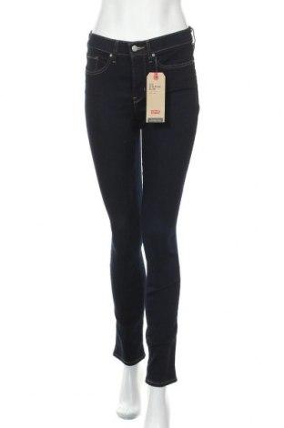 Дамски дънки Levi's, Размер S, Цвят Син, 81% памук, 17% полиестер, 2% еластан, Цена 108,12лв.