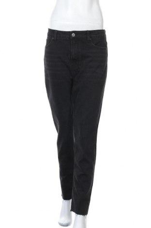 Дамски дънки ONLY, Размер L, Цвят Черен, 62% памук, 33% полиестер, 4% вискоза, 1% еластан, Цена 28,56лв.