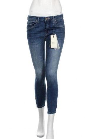 Дамски дънки ONLY, Размер M, Цвят Син, 84% памук, 14% полиестер, 2% еластан, Цена 51,75лв.