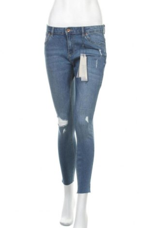 Дамски дънки ONLY, Размер M, Цвят Син, 68% памук, 28% полиестер, 2% еластан, Цена 39,00лв.