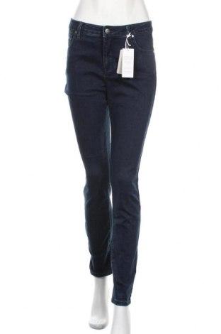 Дамски дънки Tamaris, Размер M, Цвят Син, 74% памук, 24% полиестер, 2% еластан, Цена 53,40лв.