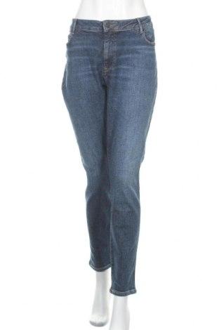 Дамски дънки Tommy Hilfiger, Размер XXL, Цвят Син, 97% памук, 3% еластан, Цена 134,25лв.