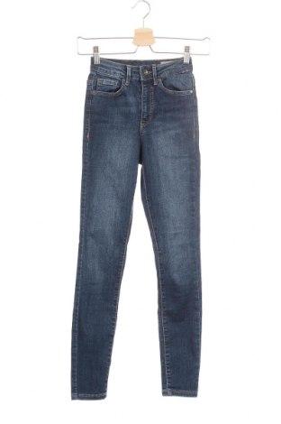 Дамски дънки Vero Moda, Размер XXS, Цвят Син, 85% памук, 13% полиестер, 2% еластан, Цена 20,88лв.