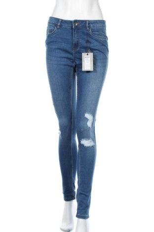 Дамски дънки Vero Moda, Размер M, Цвят Син, 64% памук, 10% вискоза, 25% полиестер, 1% еластан, Цена 44,25лв.