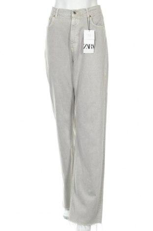 Дамски дънки Zara, Размер M, Цвят Сив, 55% памук, 45% лиосел, Цена 42,00лв.