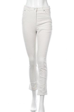 Дамски джинси Weekday, Размер M, Цвят Екрю, 98% памук, 2% еластан, Цена 31,27лв.