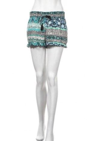 Дамски къс панталон Hot Kiss, Размер M, Цвят Многоцветен, Полиестер, Цена 14,18лв.