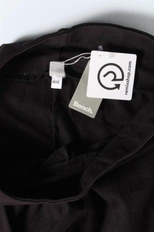 Дамски клин Bench, Размер M, Цвят Черен, 95% памук, 5% еластан, Цена 31,27лв.