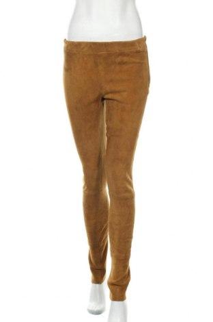 Дамски кожен панталон Arma, Размер M, Цвят Кафяв, Естествен велур, Цена 312,12лв.