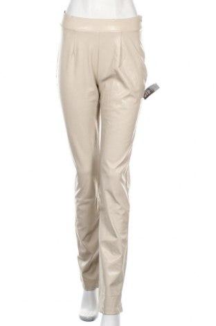 Γυναικείο παντελόνι δερμάτινο Nly Trend, Μέγεθος S, Χρώμα  Μπέζ, Δερματίνη, Τιμή 13,61€