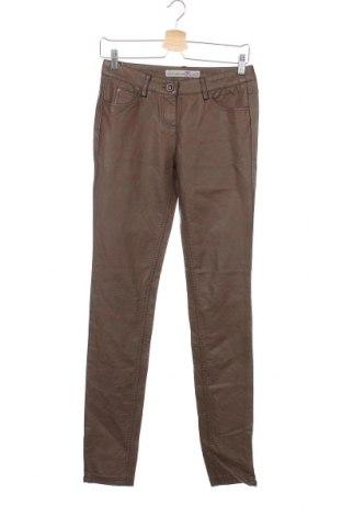 Дамски кожен панталон Tom Tailor, Размер XS, Цвят Кафяв, Еко кожа, Цена 31,60лв.