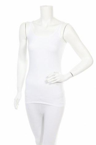 Дамски комплект Schiesser, Размер S, Цвят Бял, 95% памук, 5% еластан, Цена 25,30лв.