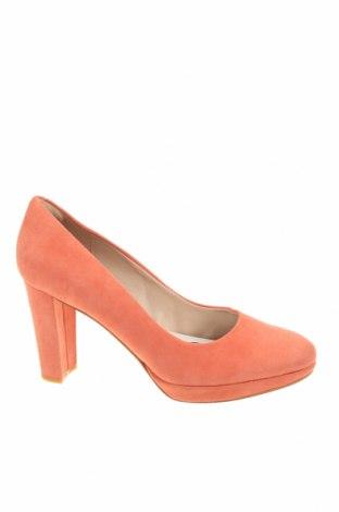 Дамски обувки Clarks, Размер 40, Цвят Розов, Естествен велур, Цена 32,70лв.