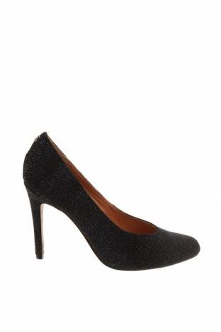 Дамски обувки Coach, Размер 40, Цвят Черен, Естествен велур, Цена 95,68лв.