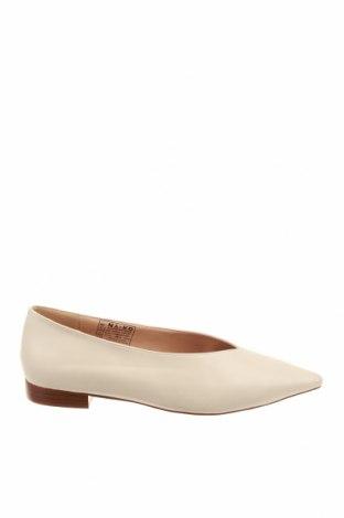 Γυναικεία παπούτσια Na-Kd, Μέγεθος 41, Χρώμα  Μπέζ, Δερματίνη, Τιμή 20,10€