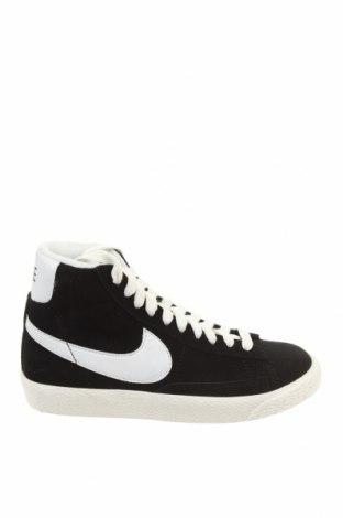 Γυναικεία παπούτσια Nike, Μέγεθος 35, Χρώμα Μαύρο, Φυσικό σουέτ, Τιμή 30,45€