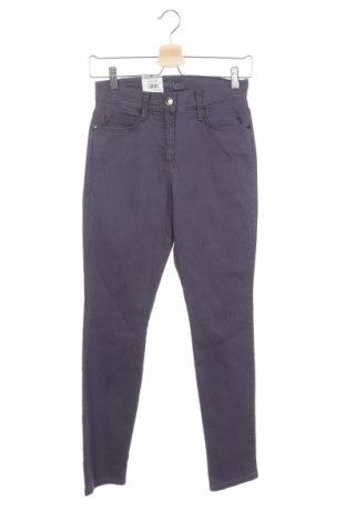 Дамски панталон Brax, Размер XS, Цвят Лилав, 77% памук, 20% полиамид, 3% еластан, Цена 111,75лв.