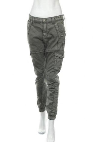 Дамски панталон Gang, Размер L, Цвят Зелен, 81% памук, 16% полиестер, 3% еластан, Цена 119,25лв.