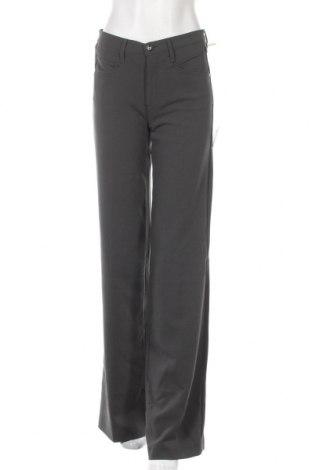 Дамски панталон Gas, Размер S, Цвят Сив, 62% полиестер, 32% вискоза, 5% еластан, Цена 52,80лв.