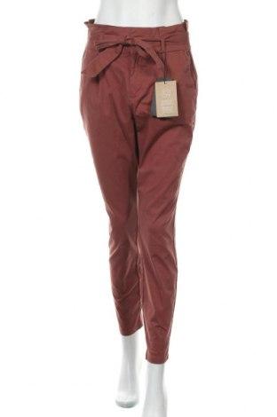 Дамски панталон Vero Moda, Размер S, Цвят Розов, 98% памук, 2% еластан, Цена 44,25лв.