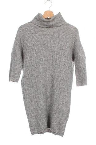 Дамски пуловер Bruuns Bazaar, Размер XS, Цвят Сив, 35% полиамид, 33% вълна от алпака, 32% вълна, Цена 54,00лв.