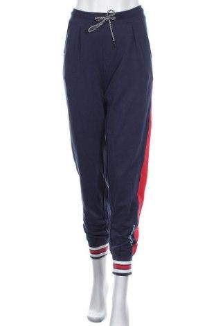 Дамско спортно долнище Kangaroos, Размер M, Цвят Син, 95% памук, 5% еластан, Цена 37,96лв.