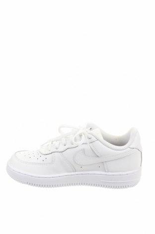 Детски обувки Nike, Размер 33, Цвят Бял, Естествена кожа, Цена 83,40лв.