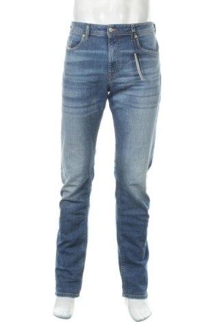 Мъжки дънки Diesel, Размер L, Цвят Син, 99% памук, 1% еластан, Цена 201,75лв.