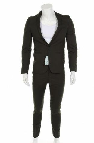 Мъжки костюм Viggo, Размер S, Цвят Зелен, 64% полиестер, 34% вискоза, 2% еластан, Цена 131,60лв.
