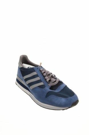 Мъжки обувки Adidas Originals, Размер 48, Цвят Син, Естествен велур, текстил, Цена 121,72лв.