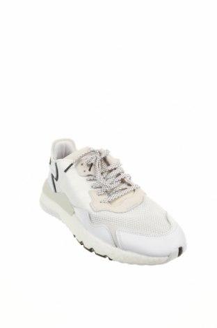 Мъжки обувки Adidas Originals, Размер 48, Цвят Бял, Естествена кожа, текстил, естествен велур, Цена 80,55лв.