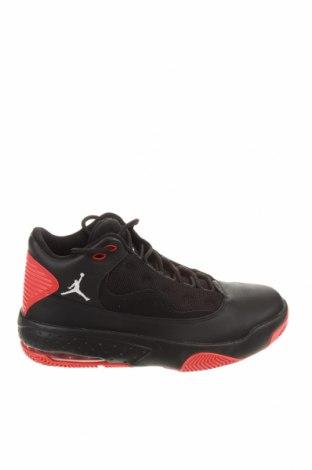 Мъжки обувки Air Jordan Nike, Размер 40, Цвят Черен, Естествена кожа, Цена 155,72лв.