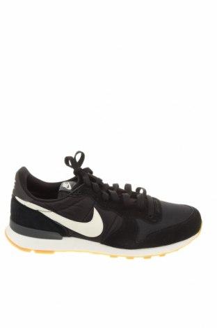 Мъжки обувки Nike, Размер 43, Цвят Черен, Естествен велур, текстил, Цена 107,40лв.