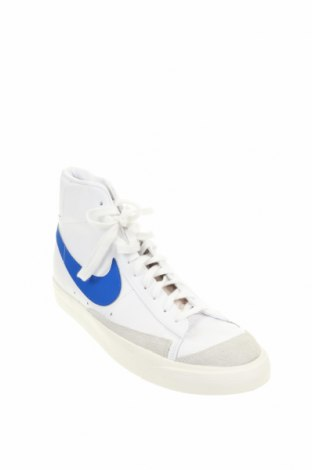 Мъжки обувки Nike, Размер 48, Цвят Бял, Естествена кожа, естествен велур, Цена 113,40лв.