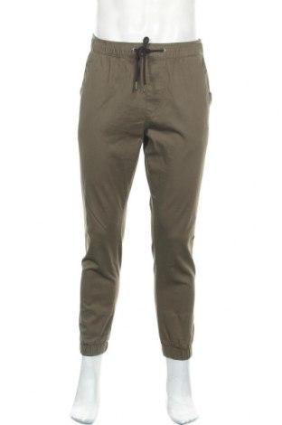 Мъжки панталон Jack & Jones, Размер M, Цвят Зелен, 98% памук, 2% еластан, Цена 51,75лв.