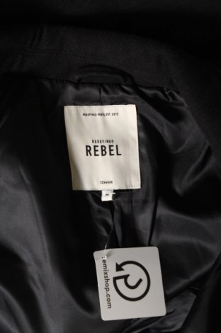 Мъжко палто Rebel, Размер M, Цвят Черен, 95% полиестер, 5% вискоза, Цена 54,26лв.