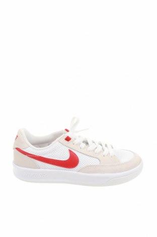 Обувки Nike, Размер 38, Цвят Бежов, Естествен велур, текстил, Цена 107,40лв.