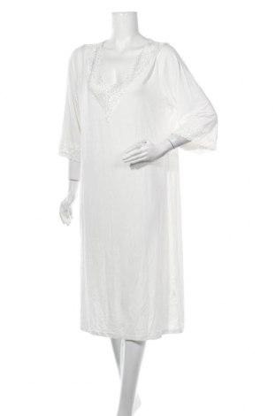Пижама Victoria Linen, Размер XL, Цвят Бял, 70% други тъкани, 25% памук, 5% еластан, Цена 88,78лв.